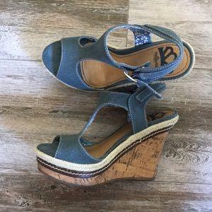 🔥 Fergalicious Denim Platform Sandals 🔥